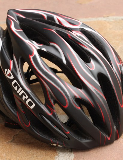Without a visor Athlon is easily mistaken for a road helmet