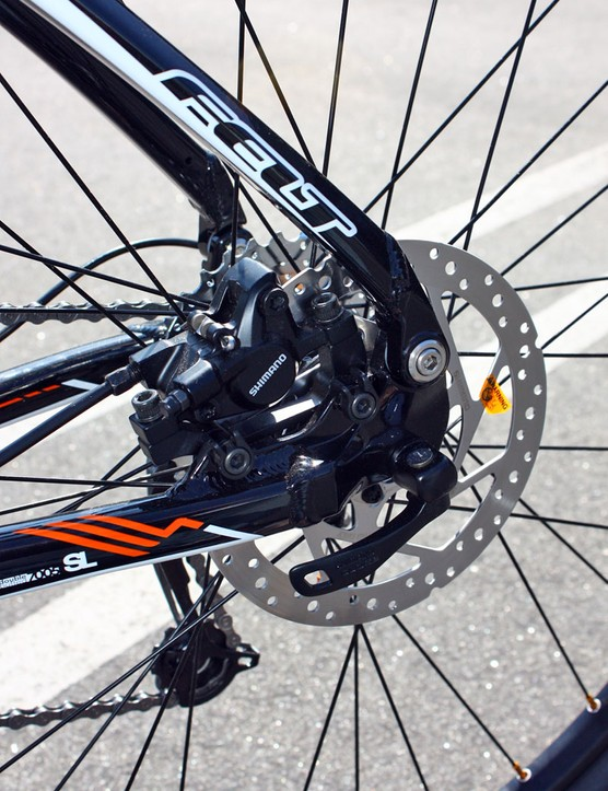 The new alloy Virtue gets lighter dropout pivots plus rear brake calipers that are again tucked within the rear triangle.