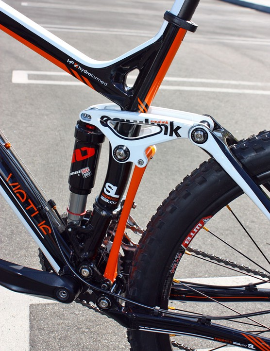Felt continues to sing the praises of its unique Equilink suspension system for 2011.