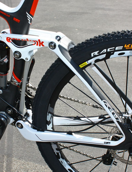Felt includes a new carbon rear end for its 2011 Virtue Team.