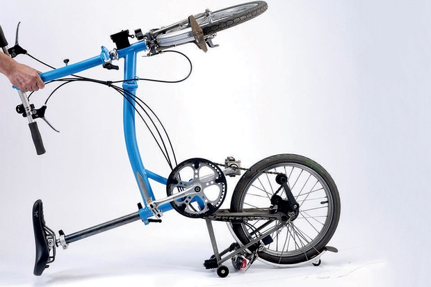 Hub gear bikes are a faff to fix a puncture on at the best of times, add folding into the equation...