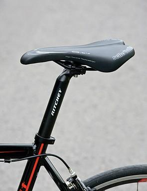 Selle Italia Q-Bik saddle is chiselled yet comfortable