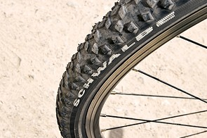 700C wheels are mated to mtb style tyres