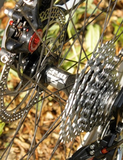 The 340 Classic rear hub uses a Star Ratchet freehub mechanism