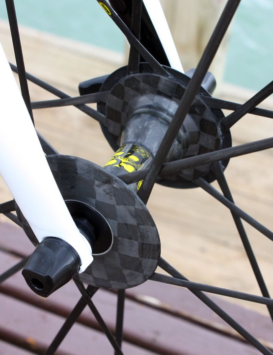 Mavic's light and versatile Cosmic Carbone Ultimate front wheel is all carbon save for the bearings and axle