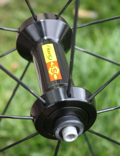 The CC80 uses the same hub as the Cosmic Carbone SL