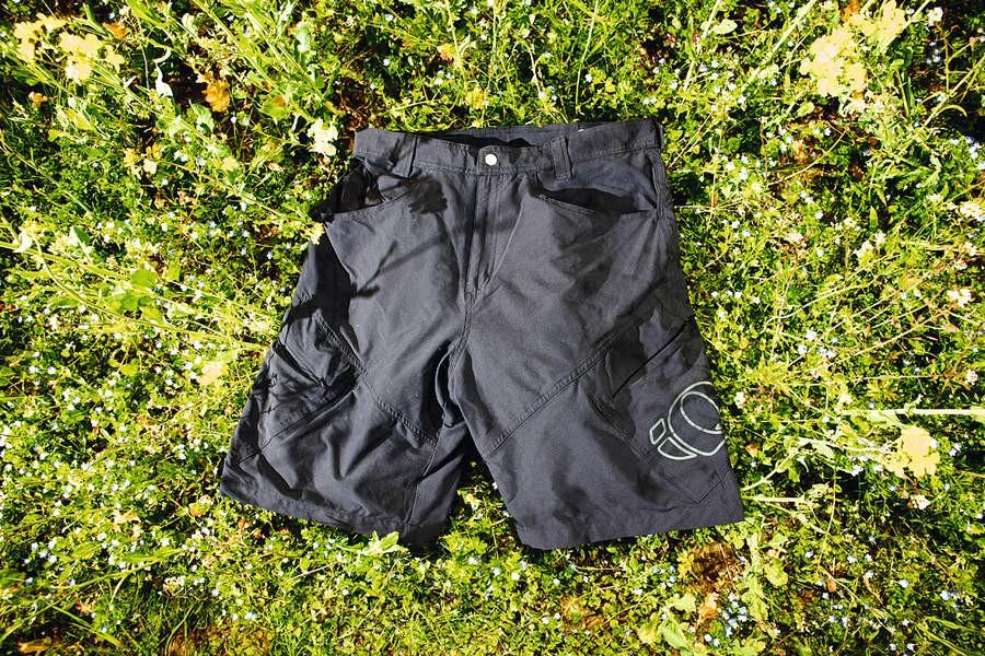 Pearl Izumi Elite Versa shorts