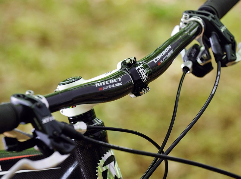 Carbon handlebars are great for absorbing trail vibration