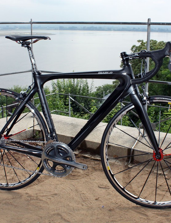 The Diablo is NeilPryde's lighter model with a claimed frame weight of 970g (56cm)