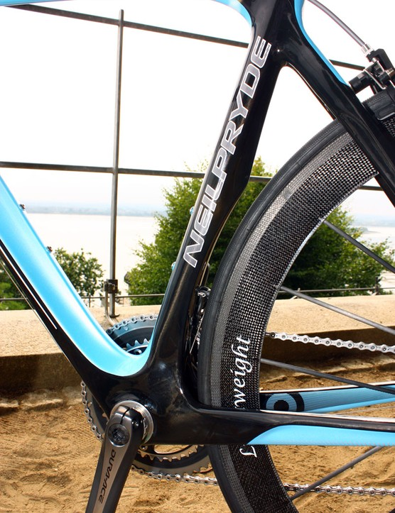 The Diablo seat tube includes a slight cutout for the rear wheel