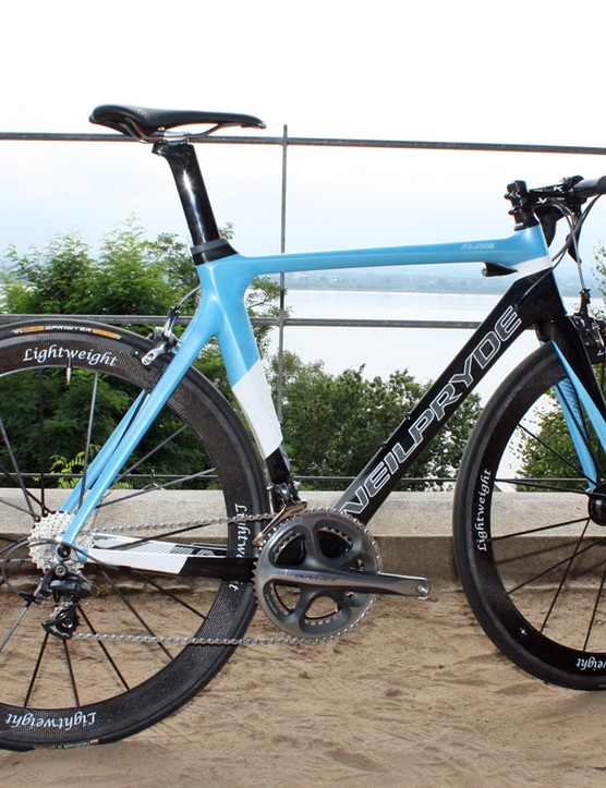 The Alize is NeilPryde's rendition of the 'breakaway' aero road bike