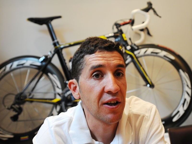Carlos Sastre will join the new Geox team in 2011