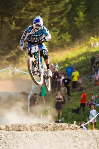 Gee Atherton put in a blisteringly fast run to win the Canadian Open DH