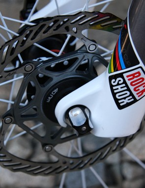 160mm front rotor and RockShox SID XX World Cup fork