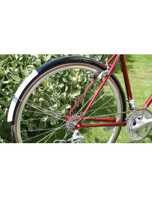 Charge Filter with full mudguards as standard
