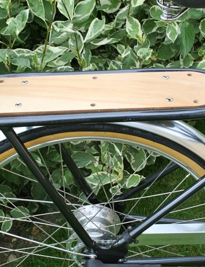 Charge Steamer with wooden luggage rack
