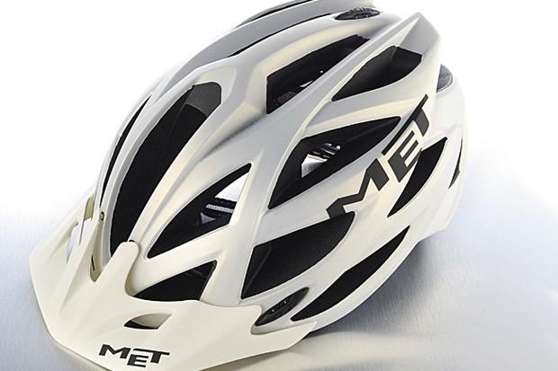 MET Kaos UL helmet