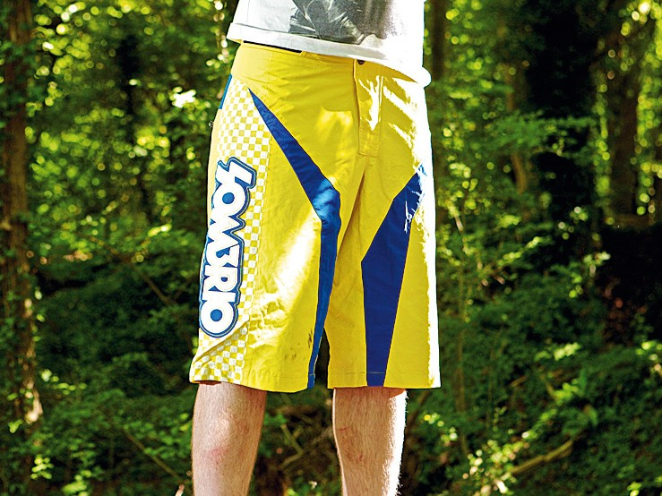 Sombrio charger moto shorts