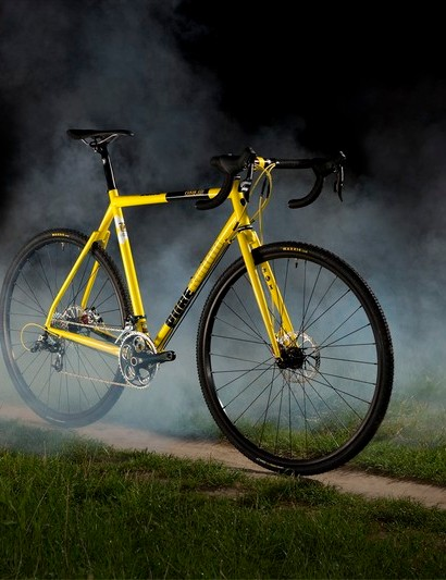 The Pure Blood is Fixie Inc's disc brake-only steel 'crosser