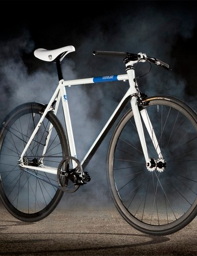 The PeaceMaker is Fixie Inc's belt-driven fixed gear