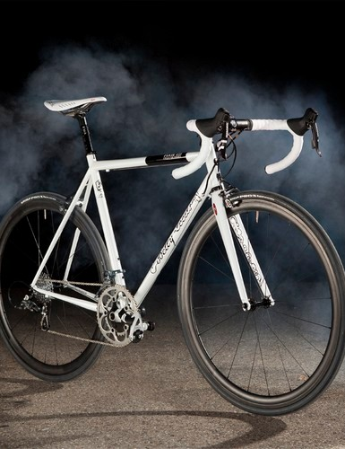 Betty Leeds is Fixie's steel club racer and the inspiration for the Chiprace 325's design