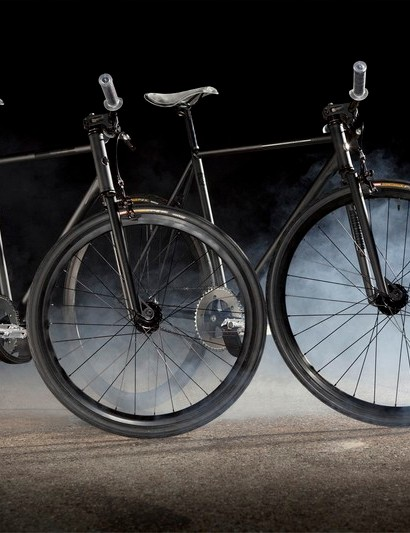 The 2011 Backspin freestyle fixie comes with size specific wheels