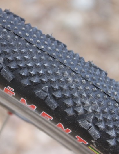 The diamonds in the LAS file pattern increase in size as they reach the tread's shoulders