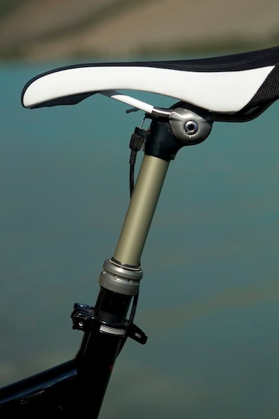 The Command Post adjustable seatpost is not stock with the Era or the Safire