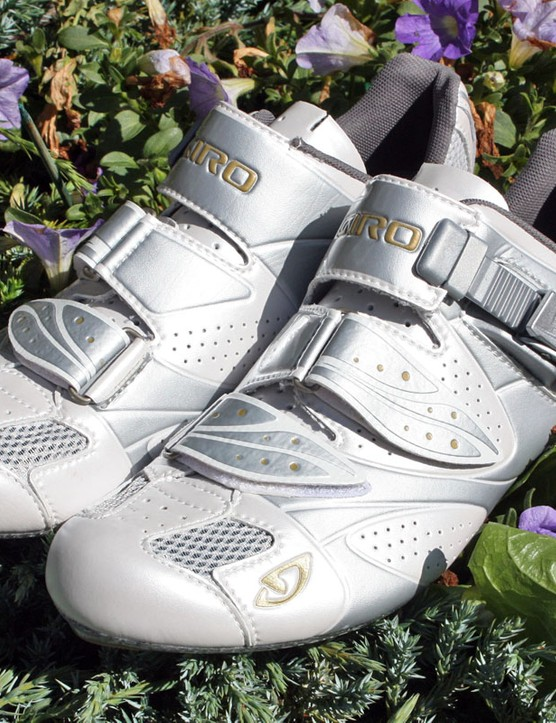 The Espada is Giro's new women's-specific road shoe, built with a dedicated last atop an Easton EC70 carbon composite outsole