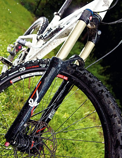 The RockShox Lyrik Air fork was well matched with the rear end of the bike