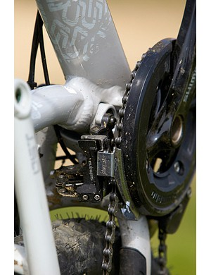 The Lapierre Froggy features a direct mount front mech