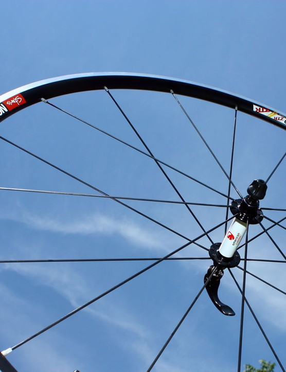 The front Stan's NoTubes ZTR Alpha 340 Pro wheel weighs just 530g