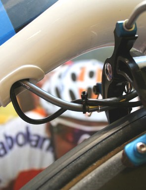 More clever cable routing