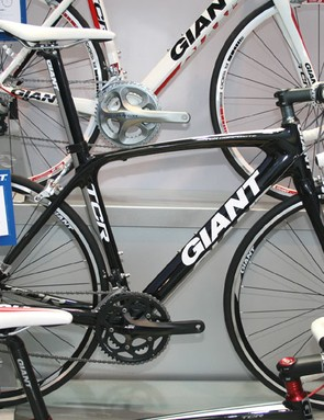 Giant's TCR Comp 2 uses Shimano's 105 groupset and has a full-carbon frame and fork
