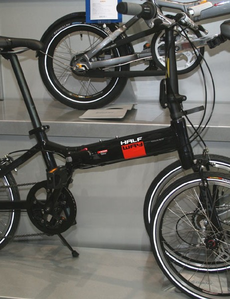 Giant do folding bikes too – this is the Halfway