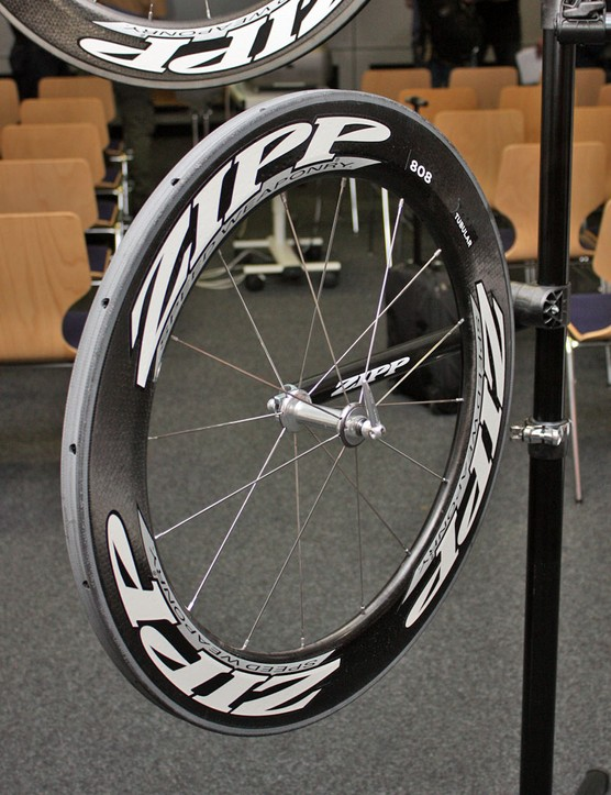 The Firecrest profile is indeed unusual looking with its nearly slab-flat sides and very blunt nose but Zipp say it's far better at maintaining smooth airflow at higher yaw angles than the old toroidal profile