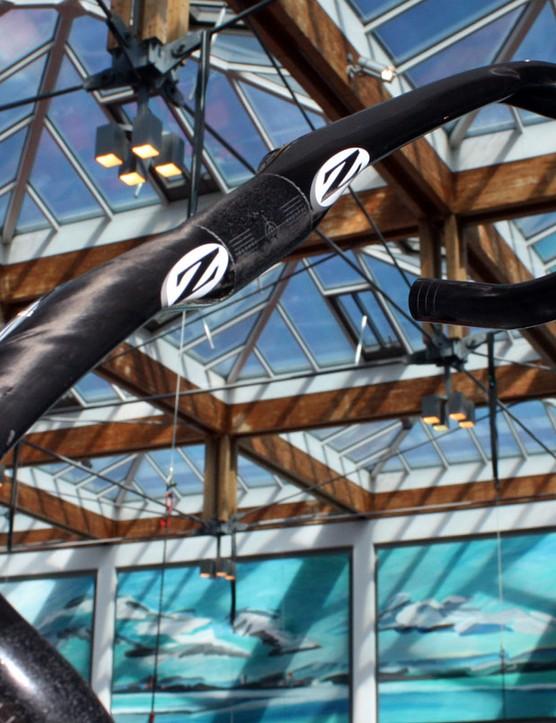 New for 2011 is the Zipp Vuka Sprint drop bar with aero-profile tops