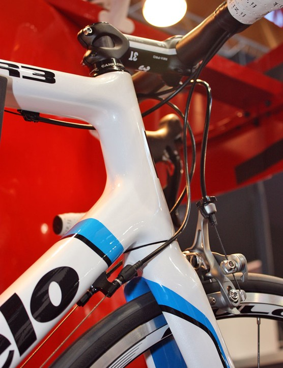 The 2011 Cervélo R3 will get a tapered 1-1/8 to 1-3/8in head tube