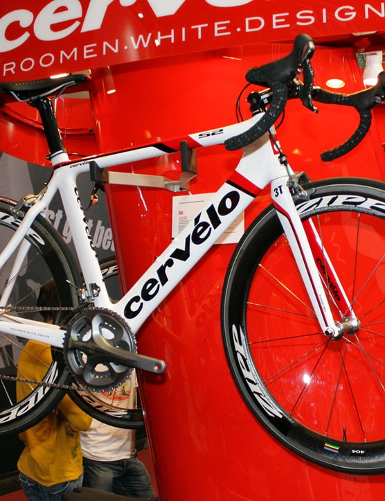 Updated graphics on the new Cervélo range strike us as being more appealing than the 2010 scheme