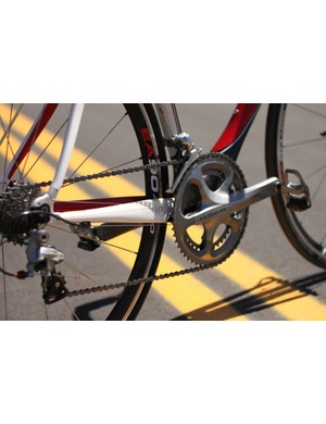While the Leo is BB30 compatible, ours came with an adaptor and standard Ultegra 6700 crank
