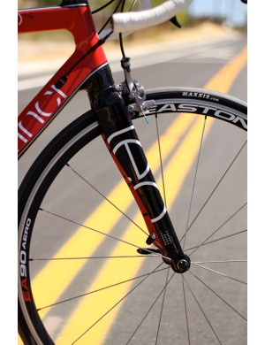 The large aero shaped fork seemed to lack compliance; it was plenty stiff, though