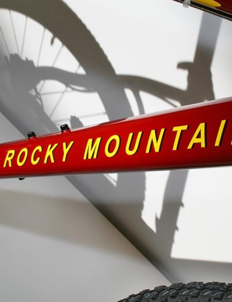 Old-school graphics on the Rocky Mountain Vertex T.O.