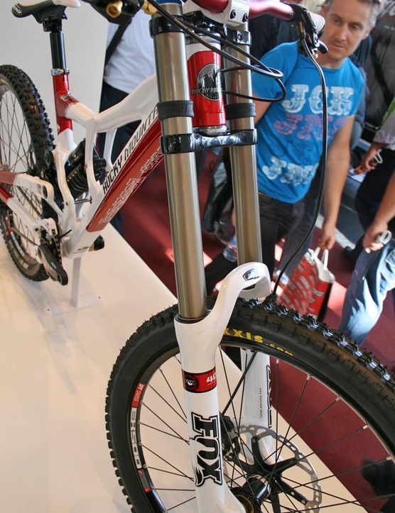 Rocky Mountain Flatline World Cup with Fox 40 RC2 forks