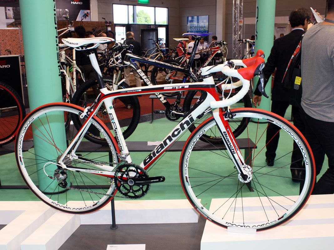 Bianchi aim the new Sempre at fast recreational riders