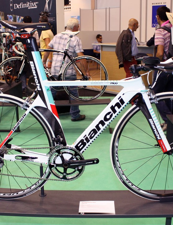 Bianchi's D2 time trial platform carries on in 2011 as the Pico Crono
