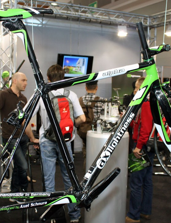 AX-Lightness showed off their new Alpha carbon road frame at the 2010 Eurobike show