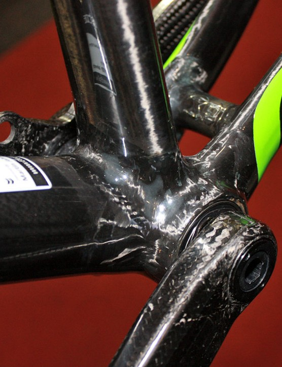 The Alpha's carbon bottom bracket shell features direct press-fit cartridge bearings for the matching Morpheus crank
