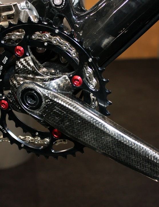 The AX-Lightness Morpheus crank features a barely-there 380g claimed system weight (arms, spindle, bearings and cups) plus interchangeable inserts to adjust the effective crankarm length