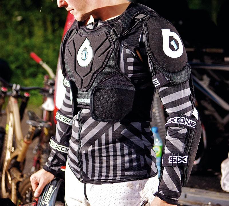 661 Evo Pressure Suit