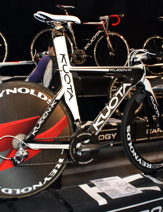 The Kueen-K carries on unchanged for 2011 and remains the flagship of Kuota's aero range